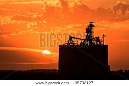 Sillouette Sunset Saskatchewan
