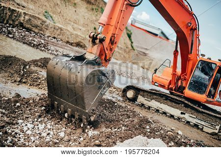 Industrial Heavy Duty Machinery, Details Of Excavator Building Highway And Roads
