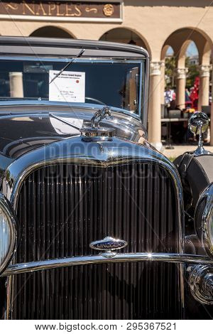Naples, Florida, Usa - March 23,2019: Grey 1932 Lincoln Model 244a Kb Coupe At The 32nd Annual Naple