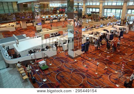 Singapore, 11 Apr, 2019: Check In Counters In Terminal 1 Of Changi Airport In Singapore. Changi Airp