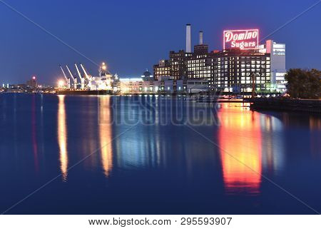 Baltimore -august 13: The Domino Sugars Factory At Night On August 13, 2018 In Baltimore, Maryland.