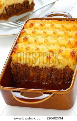 cottage pie, shepherd's pie, english cuisine