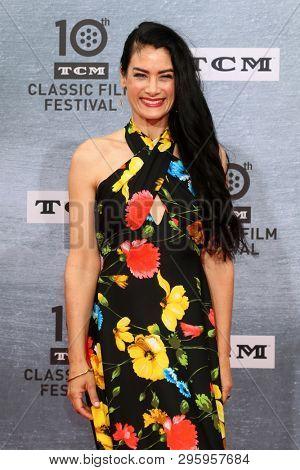LOS ANGELES - APR 11:  Victoria Mature at the 2019 TCM Classic Film Festival Gala -