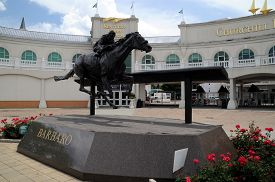 Louisville, Ky, May 27, 2016 Barbaro Horse Statue Outside The Front Entrance To Churchill Downs, Ken