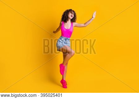 Full Length Profile Photo Of Attractive Youngster Curly Lady Dance Disco Students Party Skinny Figur