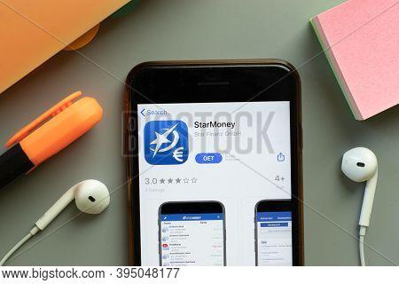 New York, United States - 7 November 2020: Starmoney App Store Logo On Phone Screen, Illustrative Ed