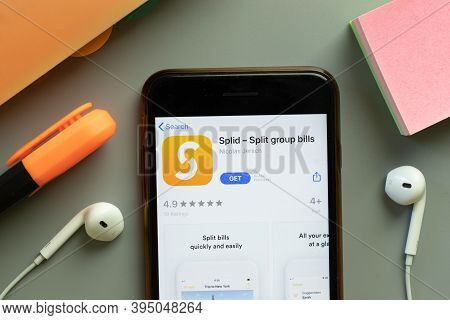 New York, United States - 7 November 2020: Splid App Store Logo On Phone Screen, Illustrative Editor