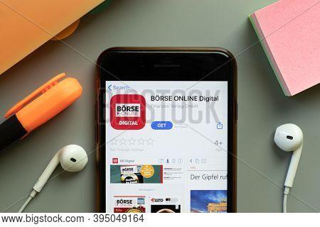 New York, United States - 7 November 2020: Borse Online Digital App Store Logo On Phone Screen, Illu