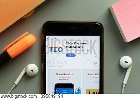 New York, United States - 7 November 2020: Teo Das Neue Multibanking App Store Logo On Phone Screen,