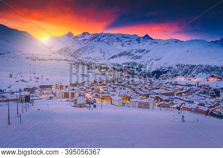 Admirable Winter Ski Resort With Cozy Streets And Buildings At Dawn. Beautiful Resort And Ski Slopes
