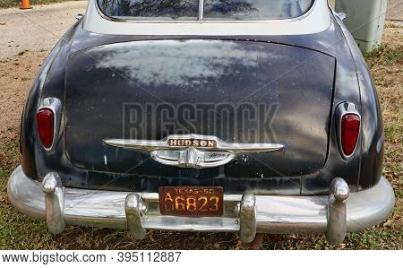 Frederickburg,texas - Nov.11,2020   The Rear End Of A 1950 Hudson Super 6 With A 1950 Texas License