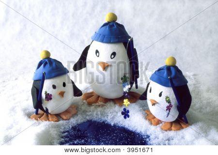 Penguin Family Fishing