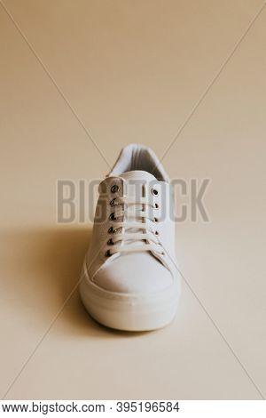 Unisex white canvas sneakers minimal fashion