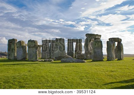Stonehenge Under A Blue And Cloudy Sky