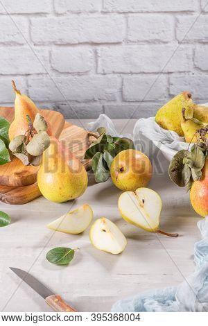 Fresh Organic Pears. Fruit Background. Pear Autumn Harvest.