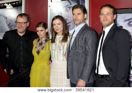 LOS ANGELES - NOV 29:  Stefan Ruzowitzky, Kate Mara, Olivia Wilde, Eric Bana, Charlie Hunnam arrive at the 'Deadfall' premiere at ArcLight Hollywood Theaters on November 29, 2012 in Los Angles, CA