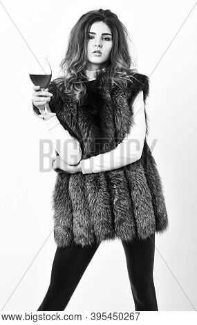 Girl Enjoy Luxury Lifestyle Attributes. Woman Drink Wine Wear Luxury Fur Clothing. Luxury Winery Con