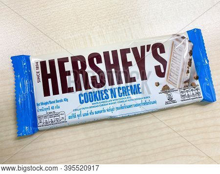 Bangkok Thailand 19 Nov 2020: A Single Hershey's Cookies And Creme Chocolate Bar In The Pack On The