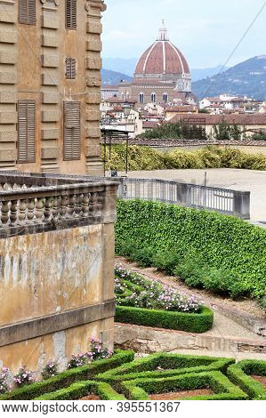 Florence, Italy - Cityscape With Cathedral Seen From Pitti Palace Gardens. Old Town Architecture In