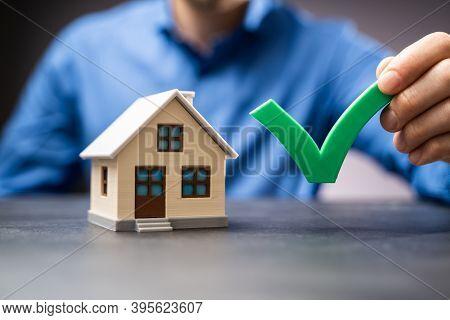 House Buy Checklist. Real Estate Home Check List