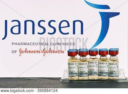 Mallorca/spain- November 21 2020: Jnssen Research Coronavirus (covid 19) Vaccine. Row Of Vaccine Bot