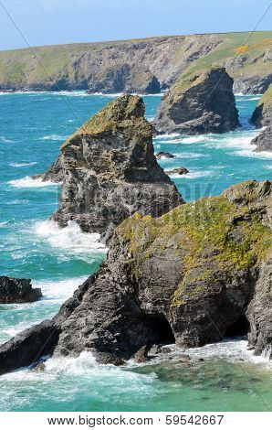 Bedruthan Steps And Samaritan Island