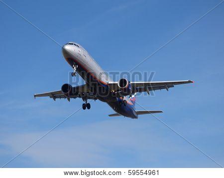 Landing Airplane