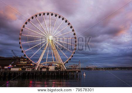 Seattle Wheel At Dusk
