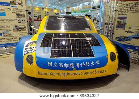 Solar-powered Vehicle