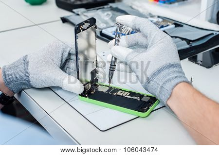 Process of mobile phone repair
