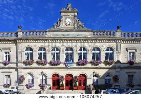 Laon Town Hall