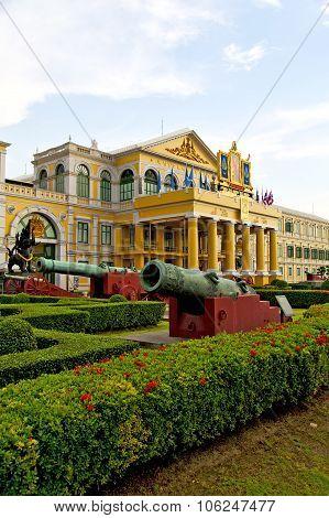 Cannon Bangkok Thailand   Architecture    Temple