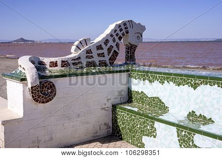seahorse in brown and white