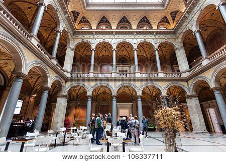 People In Mak - Austrian Museum Of Applied Arts