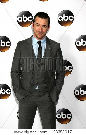 LOS ANGELES - JAN 14:  Barry Sloane at the ABC TCA Winter 2015 at a The Langham Huntington Hotel on January 14, 2015 in Pasadena, CA