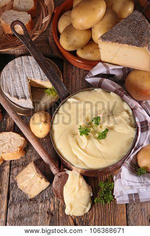 aligot,french gastronomy