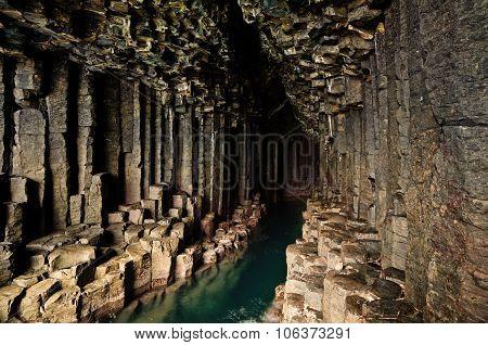 Fingals Cave - Staffa - Scotland