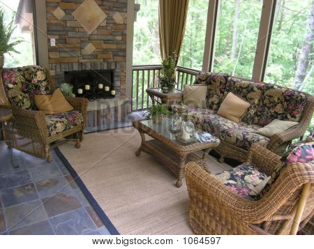 Luxury 21 Sun Room