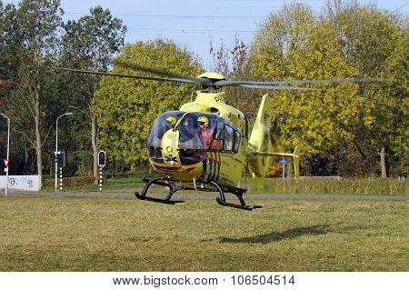 Ambulance Helicopter - Dutch Lifeliner 1 (Medevac)