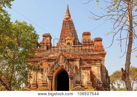 Gubyaukgyi Temple Bagan