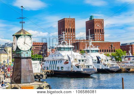 Clock on Aker Brygge Dock, popular part of Oslo