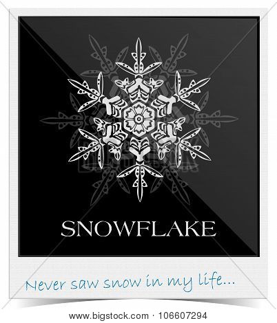 Vector snowflake inside photo frame
