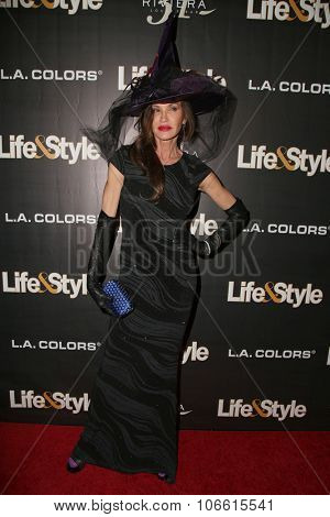 LOS ANGELES - OCT 29:  Janice Dickinson at the Life & Style Weekly's