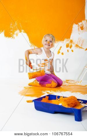 Little Messy Painter
