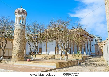 The Summer Mosque