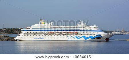 AIDAdiva cruise ship