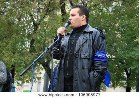 politician Stanislav Yakovlev anti-war rally for the abolition of compulsory conscription