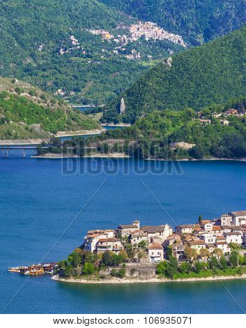 beautiful lakes - Turano and village Colle di tora. Italy
