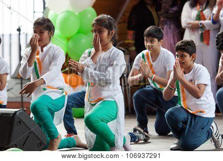 Hendustani Folk Collective Dance