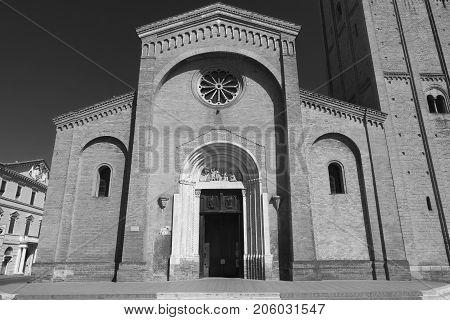 Forli (Emilia Romagna Italy): the church of San Mercuriale in Aurelio Saffi square. Black and white